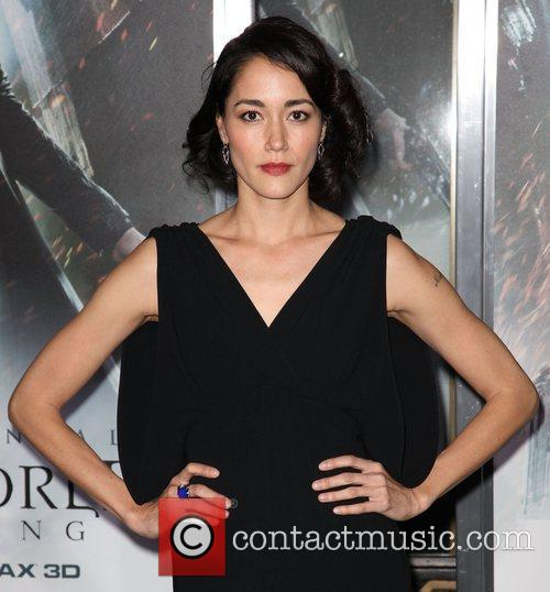 Sandrine Holt and Grauman's Chinese Theatre 5