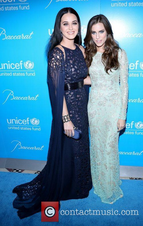 Katy Perry, Allison Williams and Unicef Snowflake Ball 4