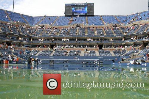 Atmosphere during rain delay at 2012 US Open...