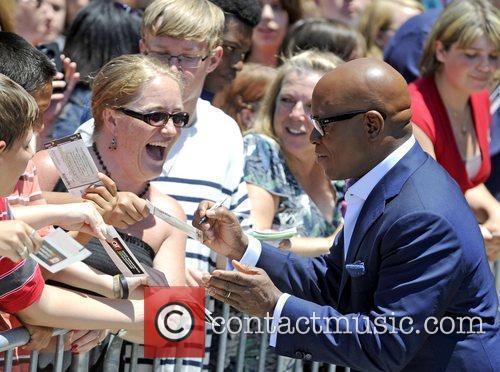 L.A. Reid signing autographs judges arrive for the...