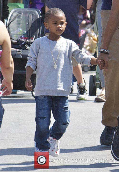 Usher Raymond and Disneyland 1