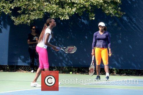 Venus Williams and Serena Williams 3