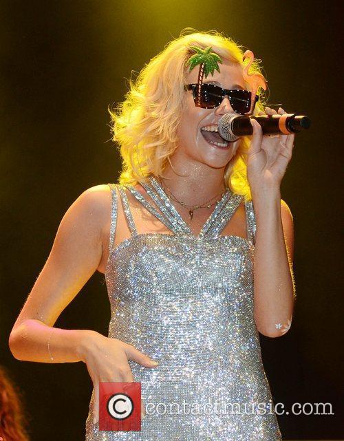 Pixie Lott and V Festival 10