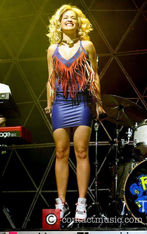 Rita Ora 20