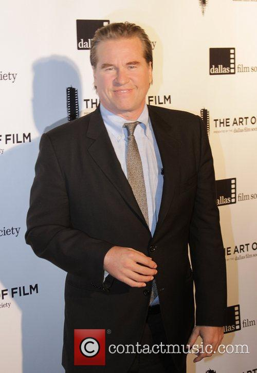 Val Kilmer Clarifies That He Is Not Suffering From Throat Cancer