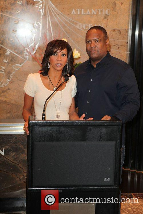 Actress Holly Robinson Peete and NFL Star Rodney...