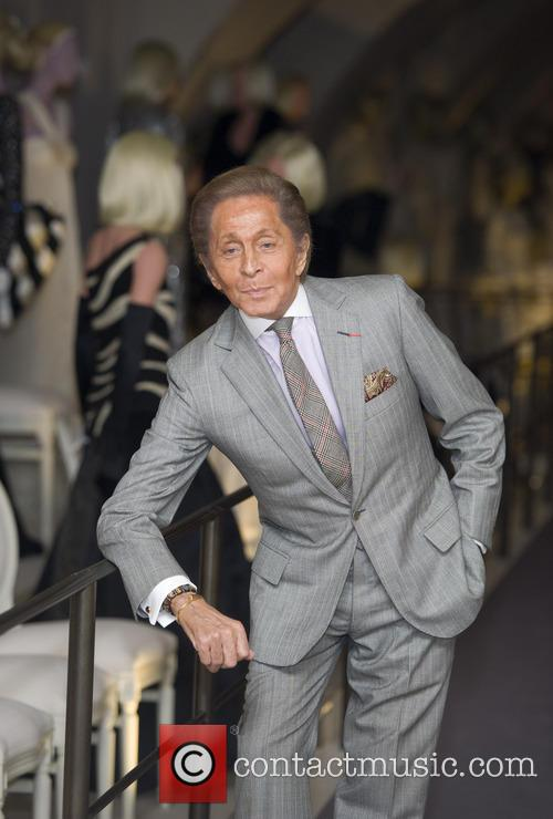 valentino garavani launches the new exhibition valentino 20010555
