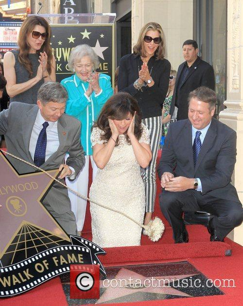 Jane Leeves, Betty White, Valerie Bertinelli, Wendie Malick and Star On The Hollywood Walk Of Fame 9