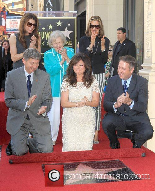 Jane Leeves, Betty White, Valerie Bertinelli, Wendie Malick and Star On The Hollywood Walk Of Fame 10