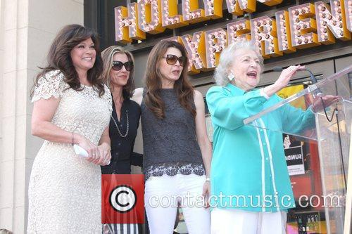 Valerie Bertinelli, Betty White, Jane Leeves, Wendie Malick and Star On The Hollywood Walk Of Fame 8