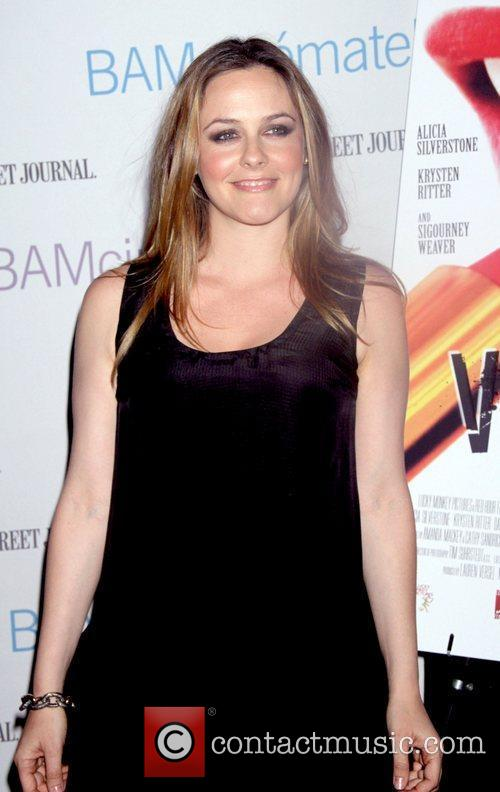 alicia silverstone preview screening of vamps held 3817826