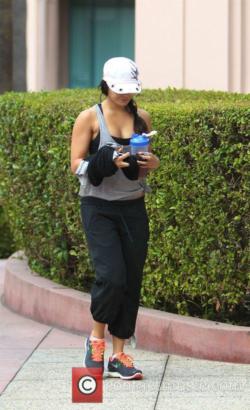 Leaves the gym in Studio City