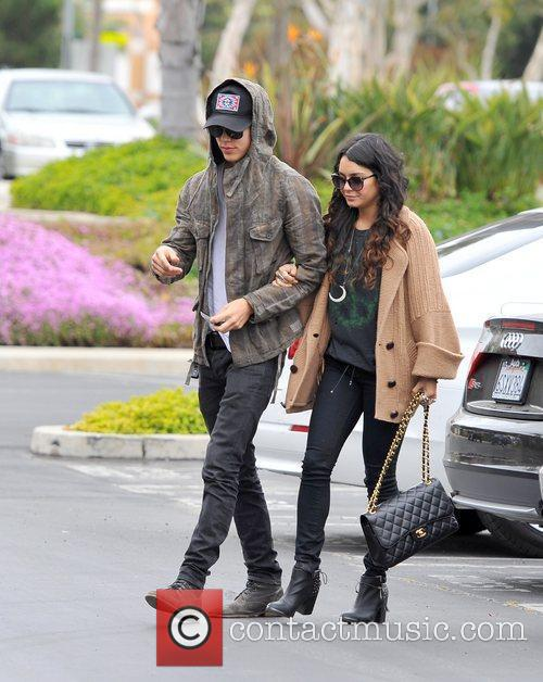 Vanessa Hudgens and Austin Butler  out and...