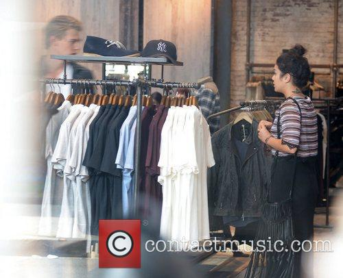Vanessa Hudgens and Austin Butler 8