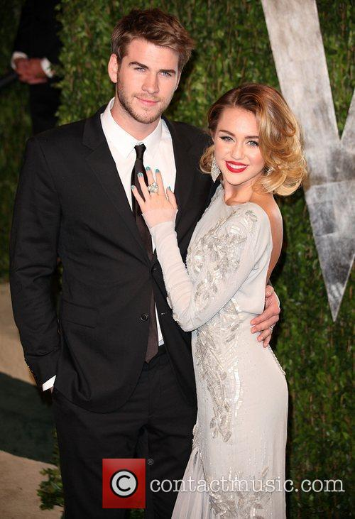 Liam Hemsworth and Miley Cyrus 2