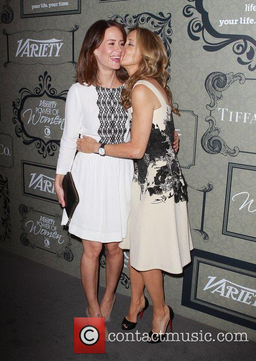 Sarah Paulson and Felicity Huffman 1