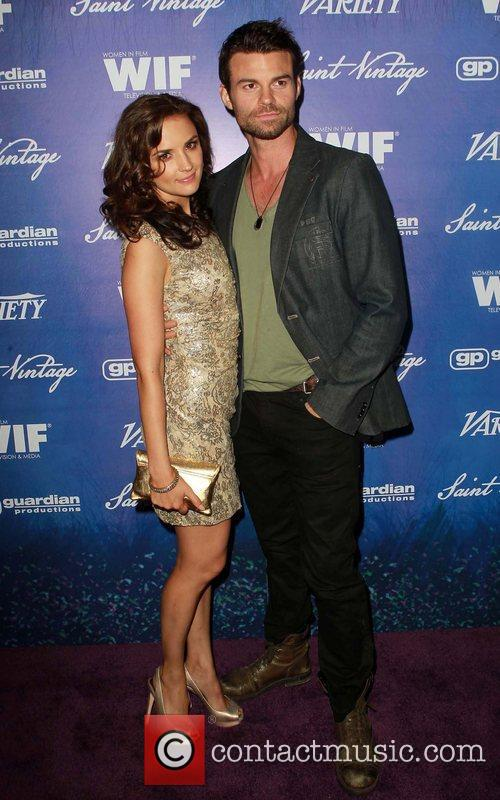 Rachel Leigh Cook and Daniel Gillies 4