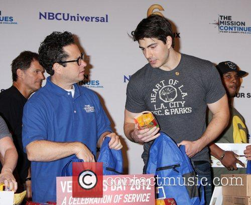 Abrams and Brandon Routh 5