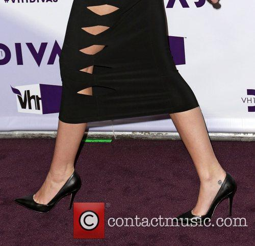Miley Cyrus and Vh1 Divas 4