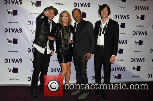 James Shaw, Emily Haines, Josh Winstead, Joules Scott-key and Metric 2