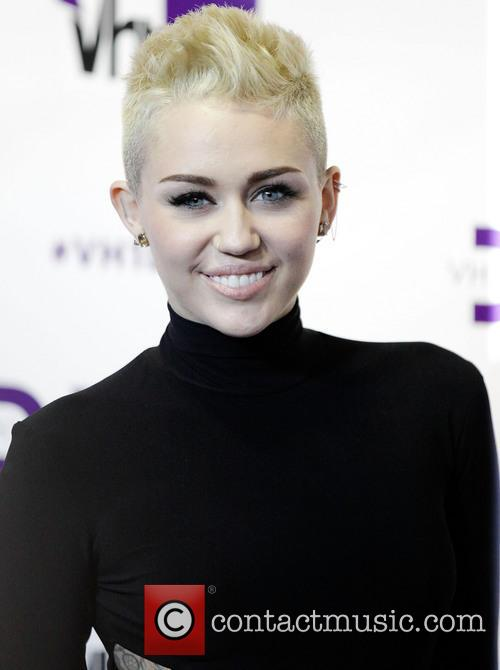 Miley Cyrus, VH1 Divas