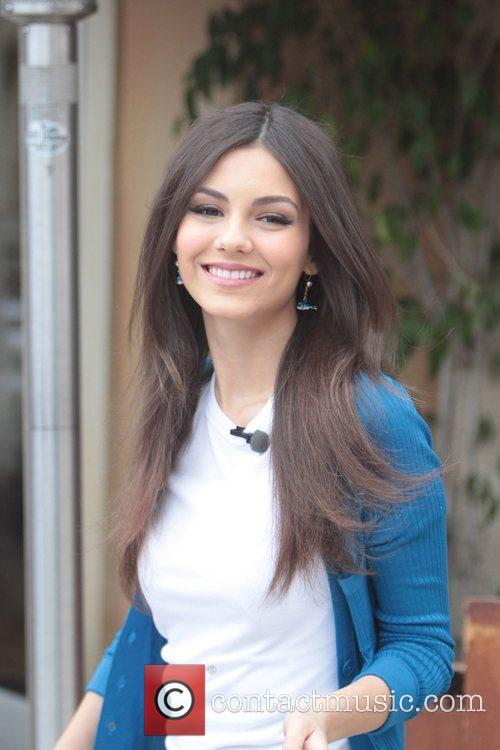 disney channel star victoria justice at the 5816077