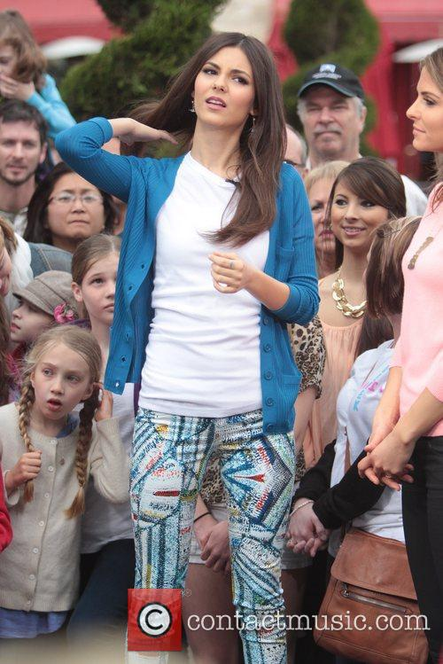 disney channel star victoria justice at the 5816090