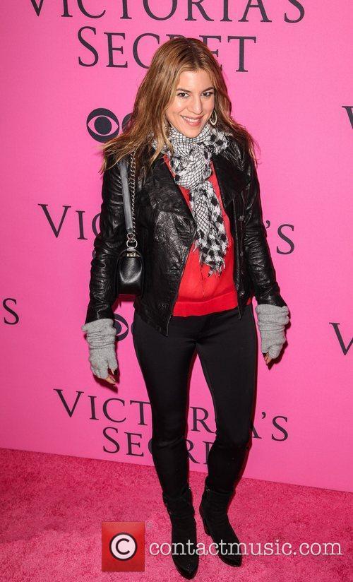 Guest and Victoria's Secret Fashion Show 1