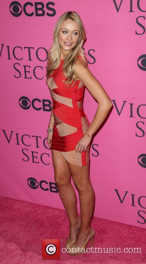 Kristina Bowden and Victoria's Secret Fashion Show 4