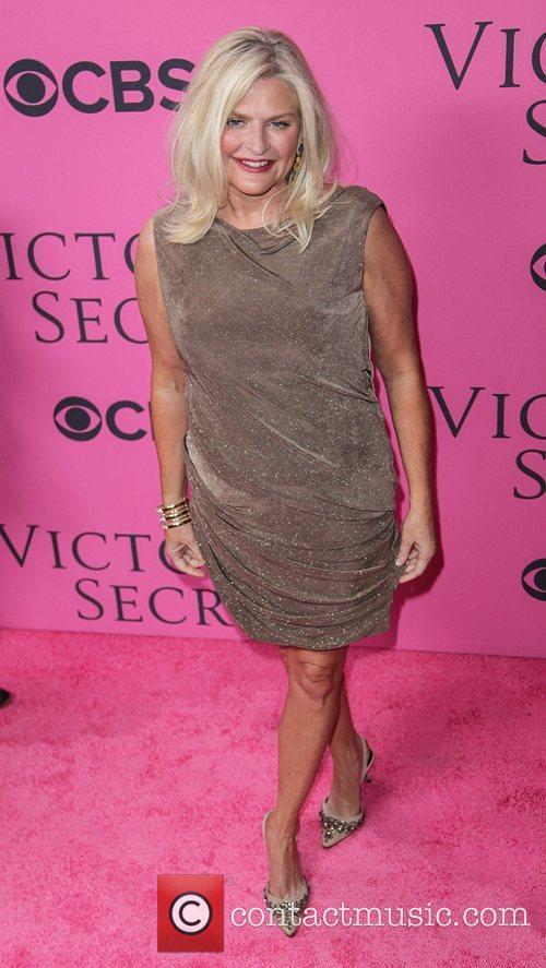 Sharon Turney, Victoria's Secret and Victoria's Secret Fashion Show 1