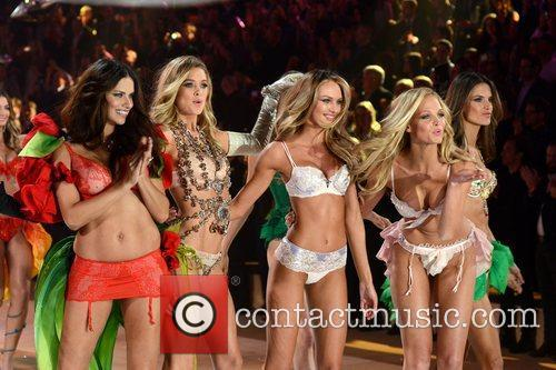 Adriana Lima, Doutzen Kroes, Candice Swanepoel, Erin Heatherton, Victoria's Secret Fashion Show, Lexington Avenue Armory and New York City 1