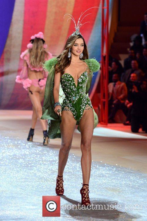 Miranda Kerr, Victoria's Secret Fashion Show, Lexington Avenue Armory New and York City 2