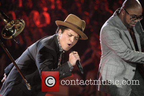 Bruno Mars and Victoria's Secret Fashion Show 9