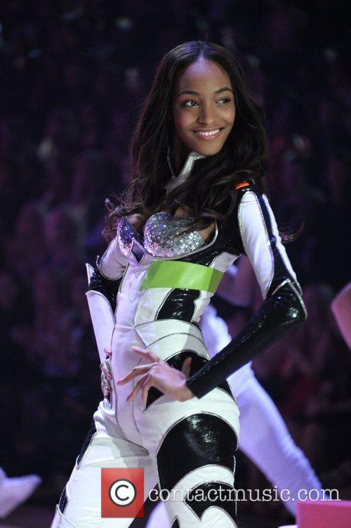 jourdan dunn 2012 victoria secret fashion show 4167519