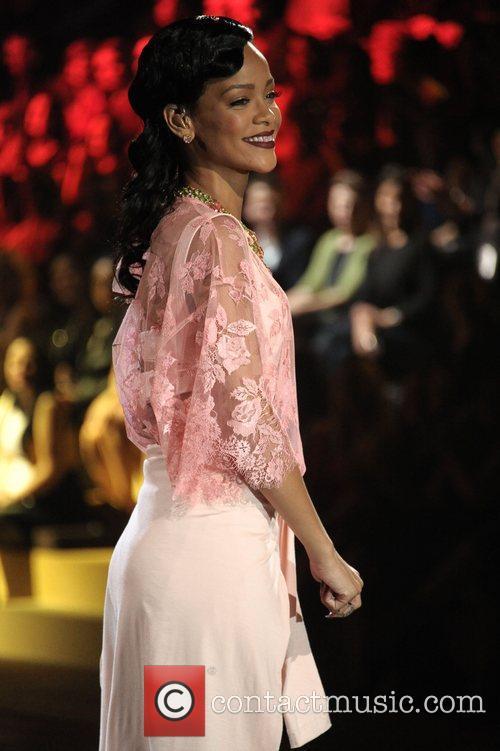 Rihanna and Victoria's Secret Fashion Show 3