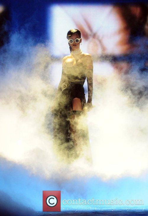 Rihanna 1