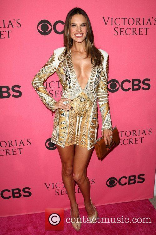 Alessandra Ambrosio and Victoria's Secret 5