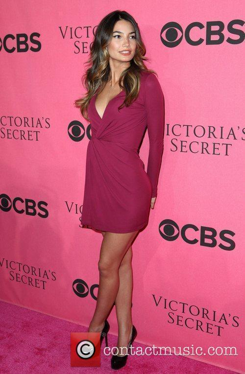 Lily Aldridge and Victoria's Secret 8