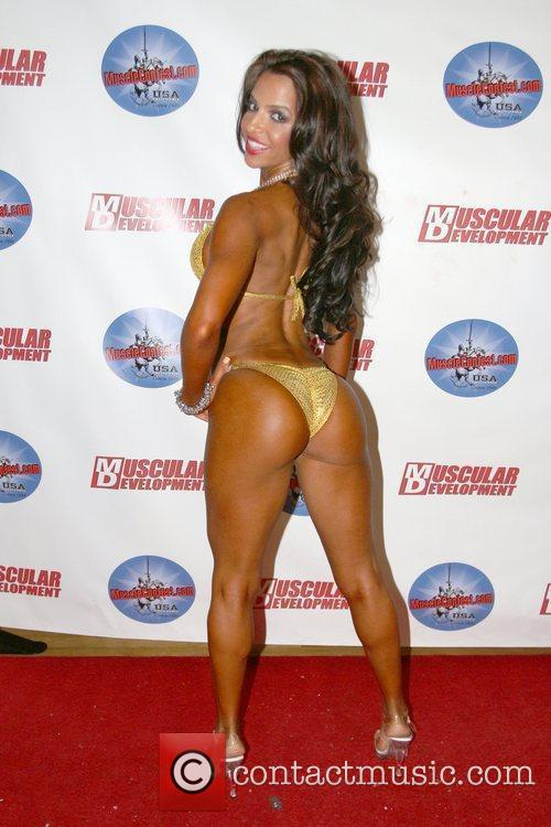 model vida guerra competes in her first 5882529
