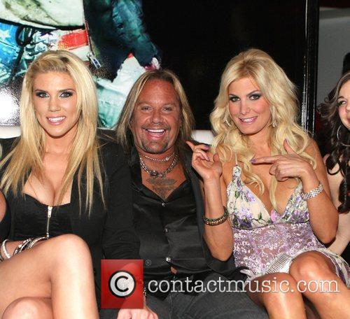 Vince Neil's Girls, Girls, Girls club grand opening