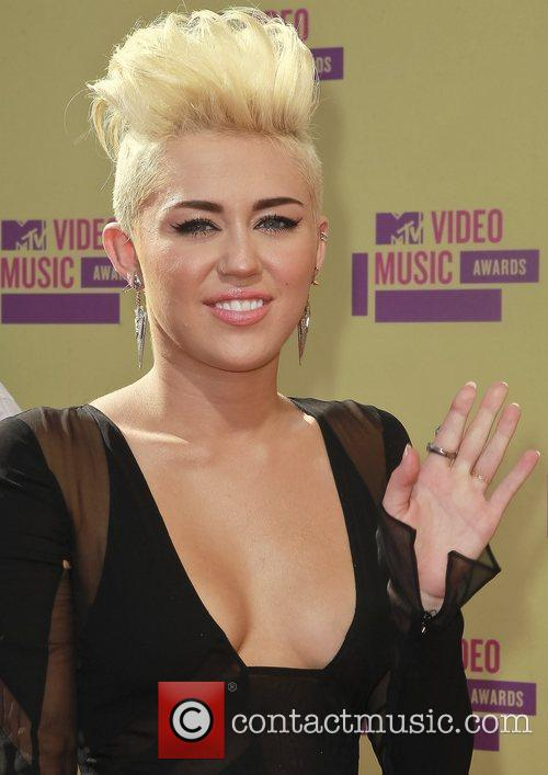 Miley Cyrus and MTV Video Music Awards 4