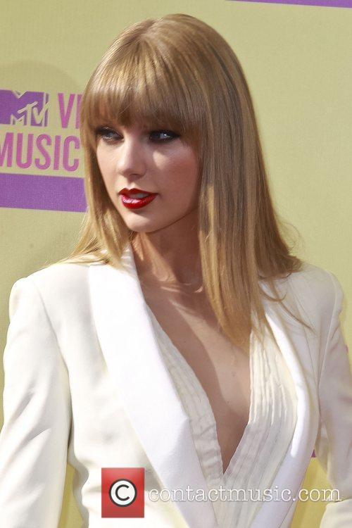 Taylor Swift and Mtv Video Music Awards 2