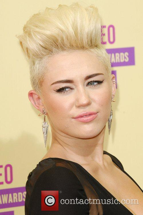 Miley Cyrus and Mtv Video Music Awards 1
