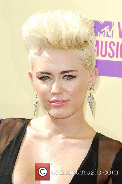 Miley Cyrus and Mtv Video Music Awards 6