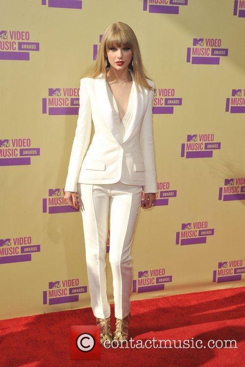 Taylor Swift and Mtv Video Music Awards 3