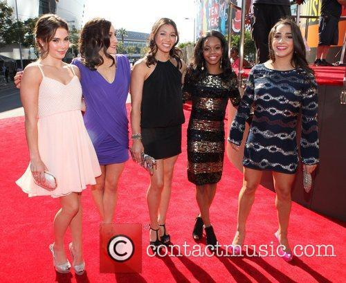 Gabby Douglas and Mtv Video Music Awards 3