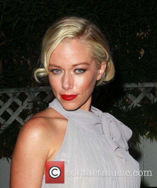 kendra wilkinson icons and idols 2012 vma 4063918