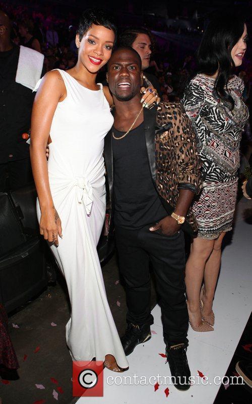 Rihanna and Kevin Hart 5