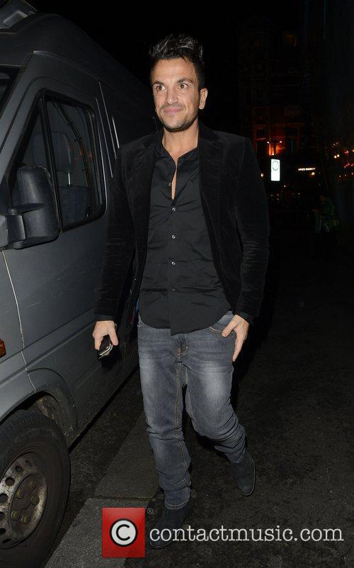 peter andre outside the w hotel london 4164128