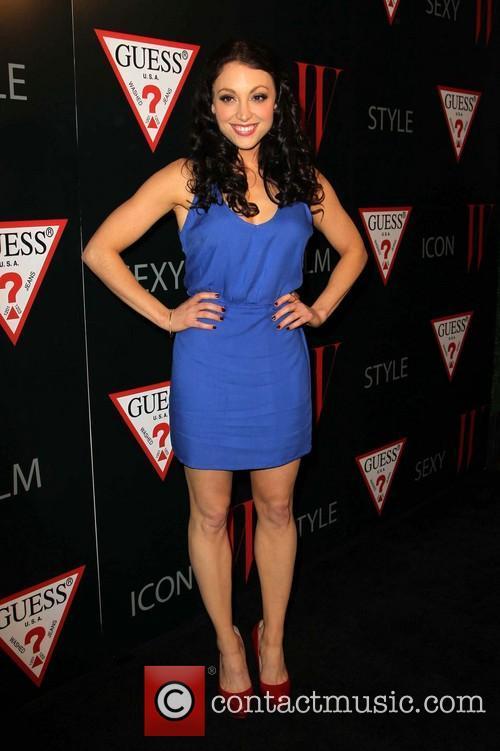 Leah Gibson 4